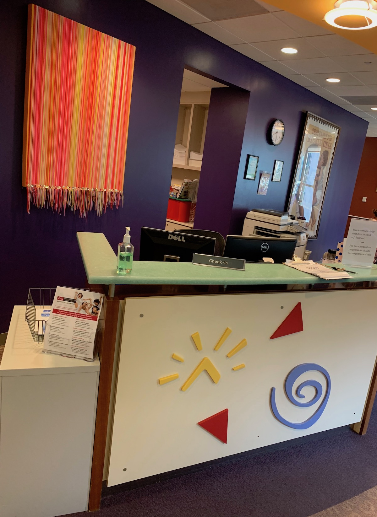 CINJ Pediatric Check In Desk